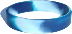 swirl light blue and white wristband